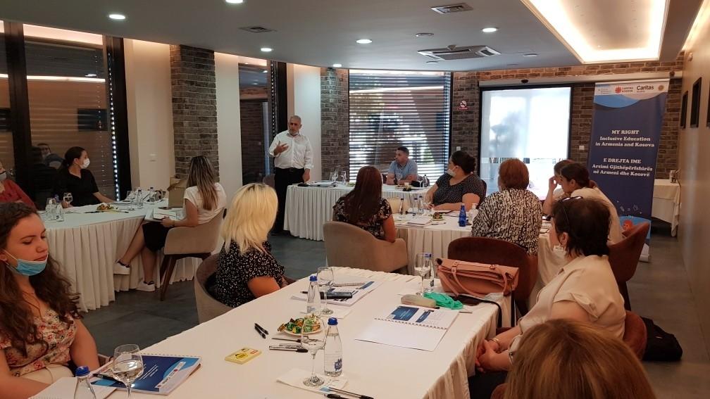 Caritas Kosova organizon trajnim në fushën e Arsimit Gjithëpërfshirës
