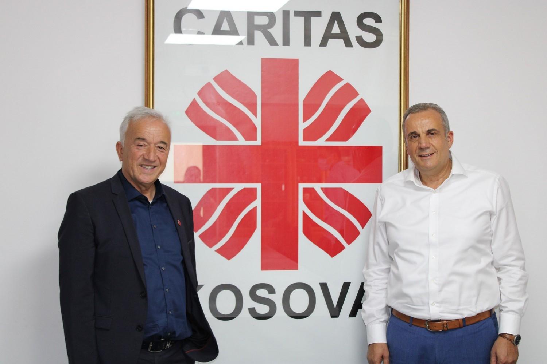 Kryetari i Shtimes z. Naim Ismajli vizitoj Caritas Kosova